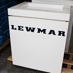 Lewmar 4