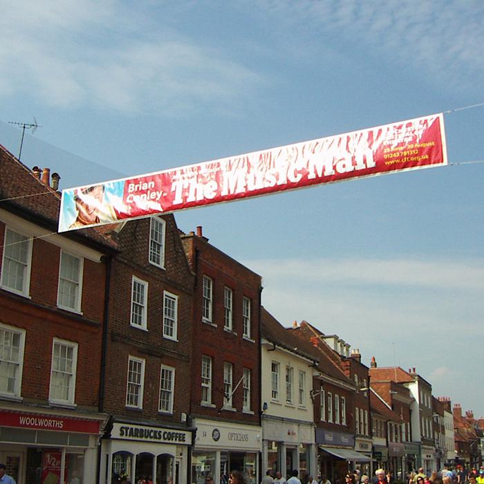 Street Span Banner